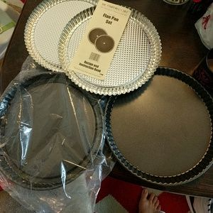 Pampered Chef Pan Lot!